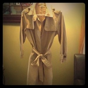 Sophisticated Gap Trench Coat